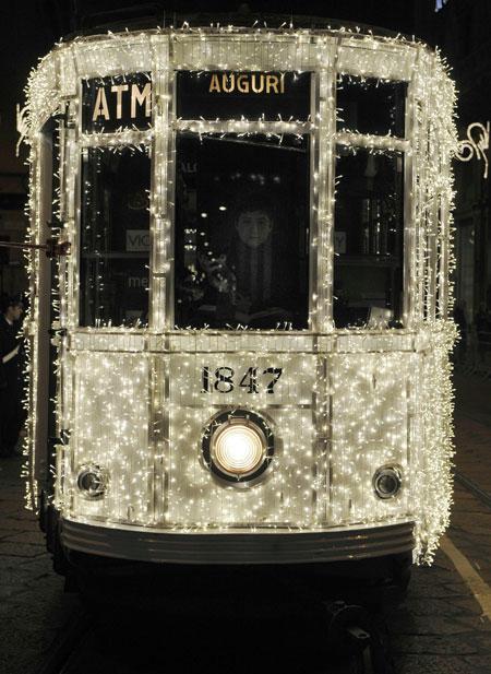 Tram a Natale a Milano
