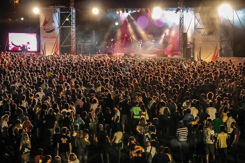 """""""Rugby Sound Festival 2015"""" a Parabiago (Milano) dal 26 giugno per 10 giorni di musica e divertimento"""